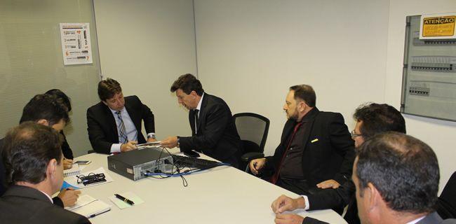 Ivo Cassol cobra da ANAC que aeroporto de Vilhena volte a operar com voos comerciais de grande porte