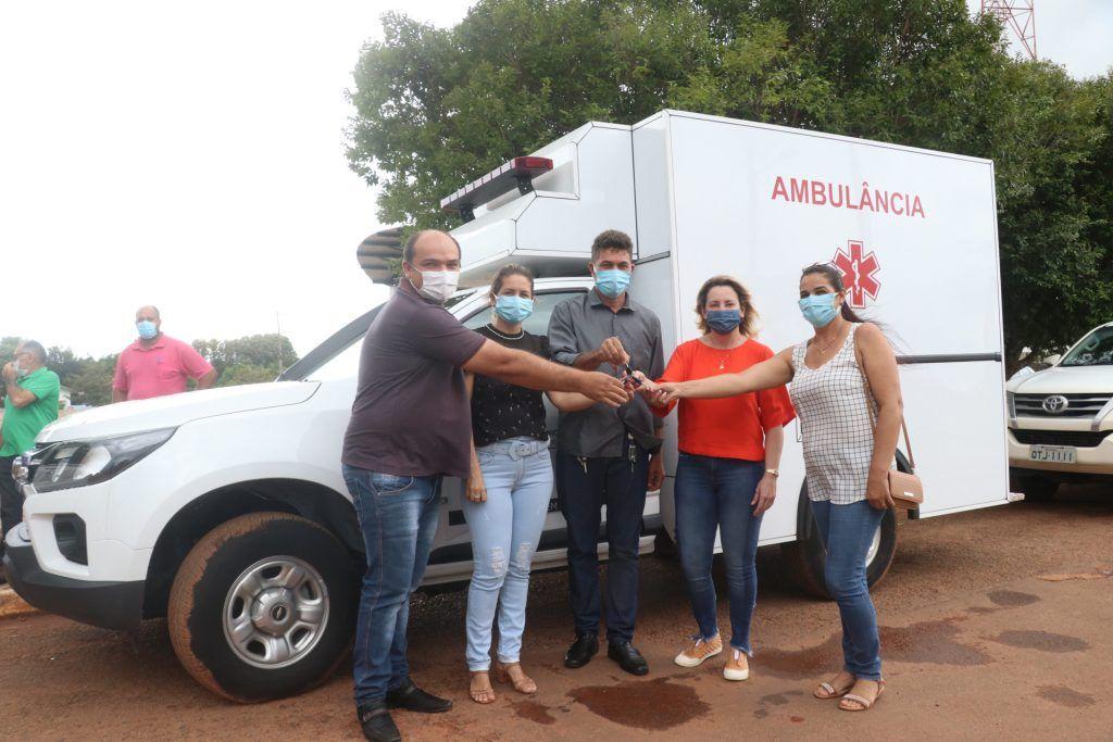 Deputada Jaqueline Cassol entrega ambulância e confirma recursos em Alto Alegre/RO - noticias - progressistas rondonia