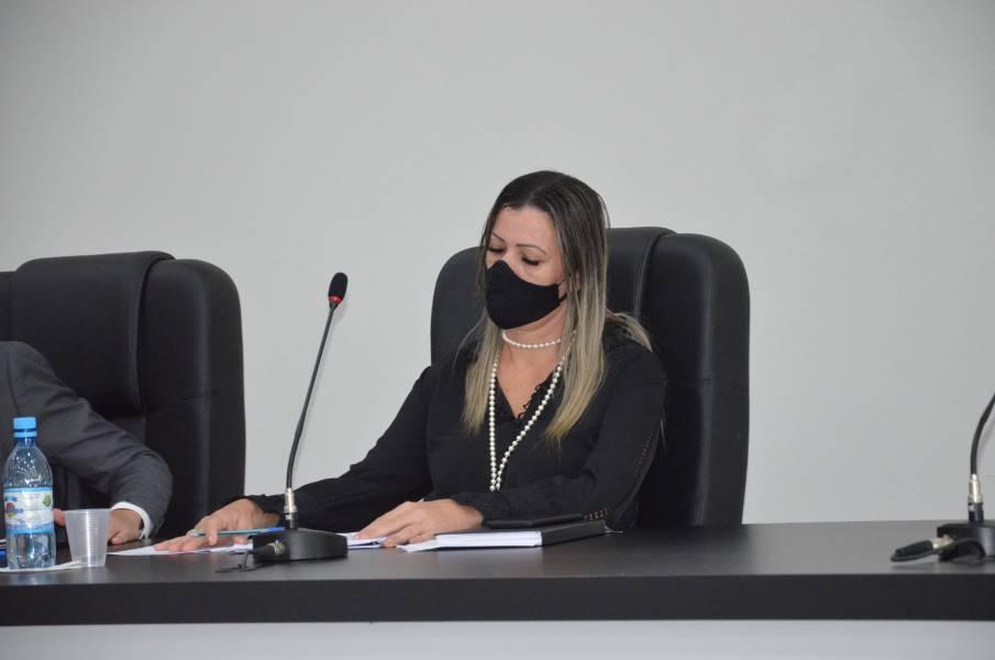 Aprovado Projeto de lei da vereadora Vivian Repessold que prioriza vacinação de professores